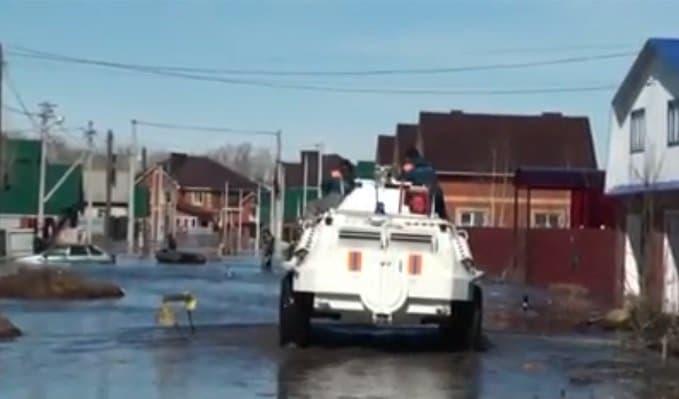 Появились кадры затопленного села Зубово вУфимском районе