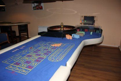 ВБашкирии милиция сняла навидео, как накрывает подпольное казино