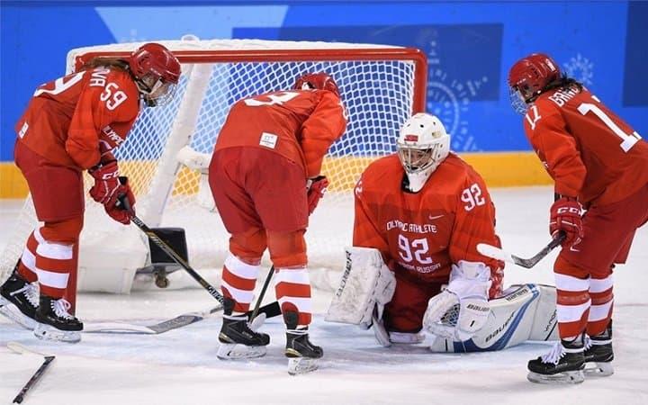 Женская сборная США похоккею выиграла золото Олимпийских игр