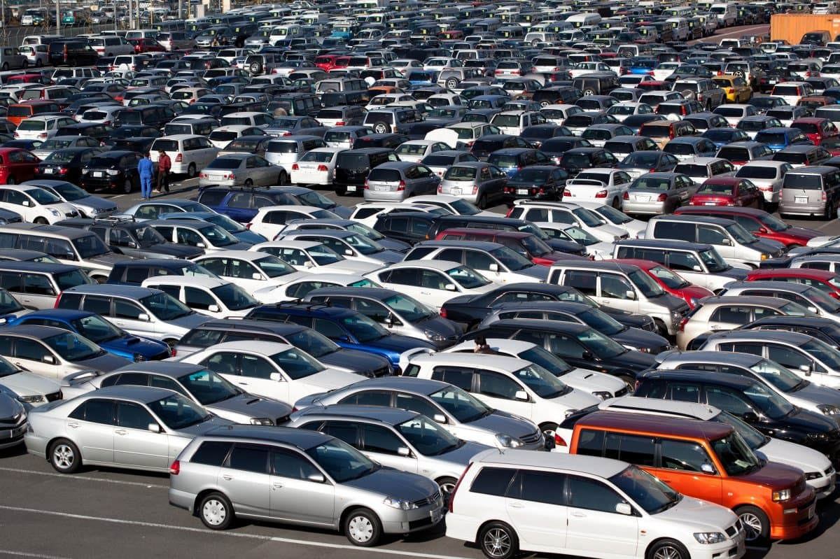 Продажи новых машин в Российской Федерации кначалу весны увеличились на9,4%
