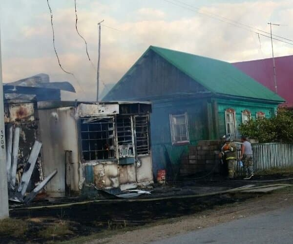 ВБашкирии вуничтожившем два дома страшном пожаре пострадали три ребенка