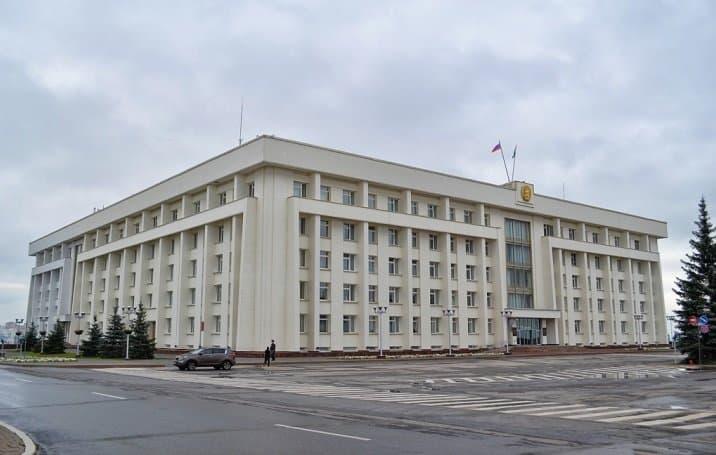 Рустэм Хамитов подписал распоряжение оначале работы проекта «Бережливое правительство»