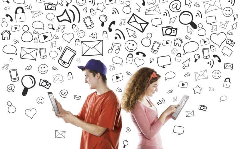 Психологи поведали, как выбрать идеальное фото для социальных сетей