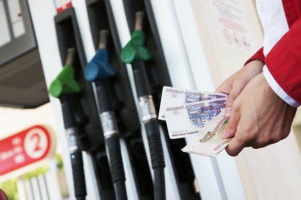 Гражданин Уфы похитил уработодателя 1,5 тыс. литров бензина