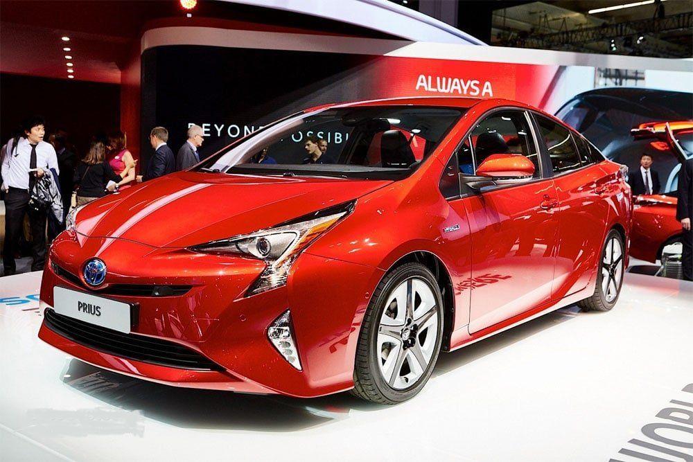 Тойота Prius снова появится на русском рынке