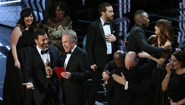 Ведущие Оскара ошиблись и назвали на сцене не того победителя