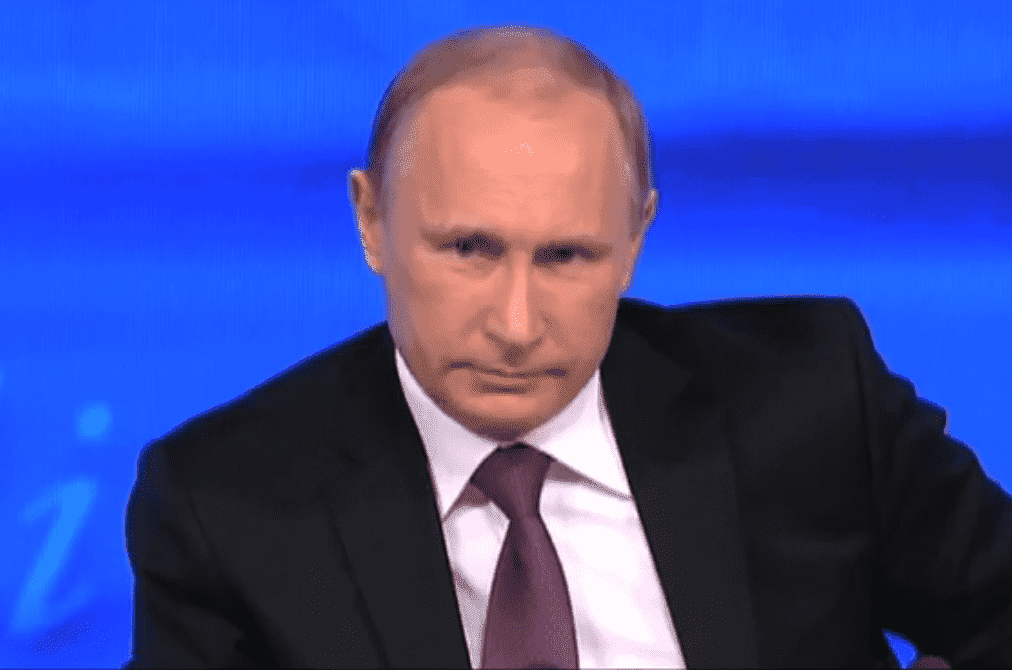 Кремль попросил СМИ удалить фото В. Путина с английскими студентами
