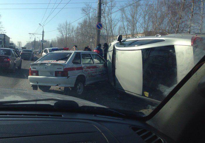 В Башкирии нетрезвый водитель «Форда» ударил учебный автомобиль