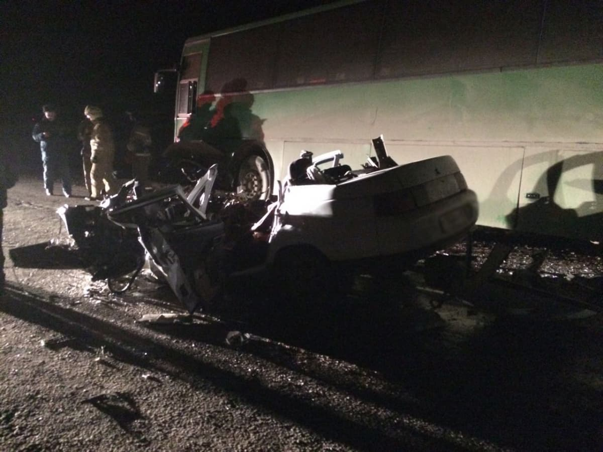 Шофёр автомобиля «ВАЗ» трагически умер вжутком ДТП вБашкирии