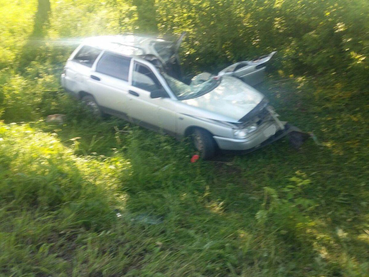 В Башкирии на трассе ВАЗ-2111 догнал грузовик, водитель легковушки погиб