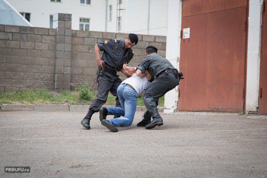 В Куюргазинском районе Башкирии подросток насиловал своих сестер