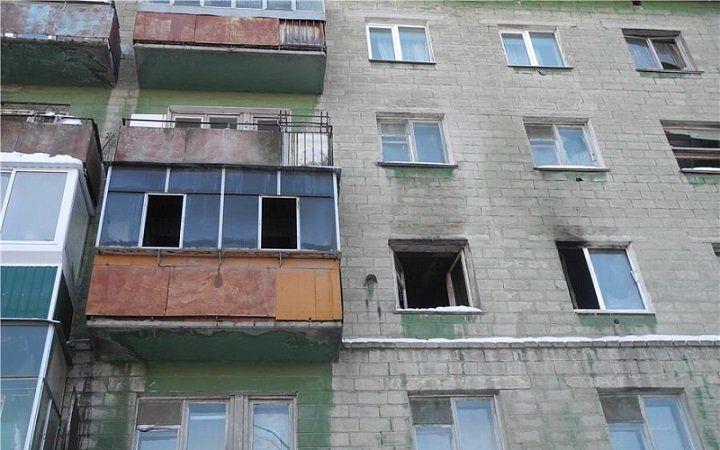ВУфе из-за пожара вквартире пятиэтажного дома эвакуировали людей