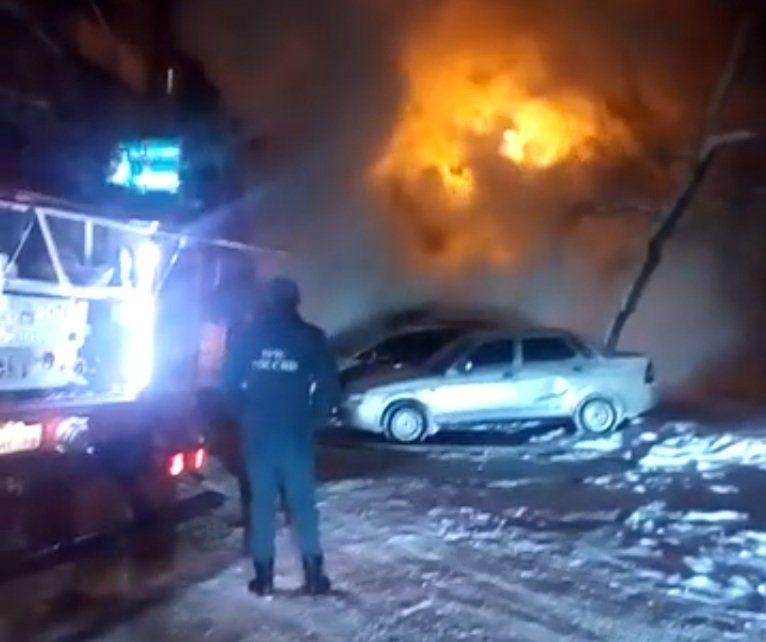 ВУфе наЧудинова вспыхнула «Toyota Land Cruiser»
