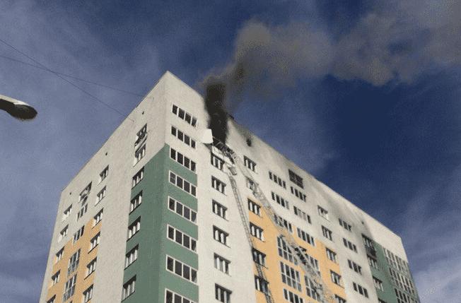 В Уфе в многоэтажном доме произошел взрыв