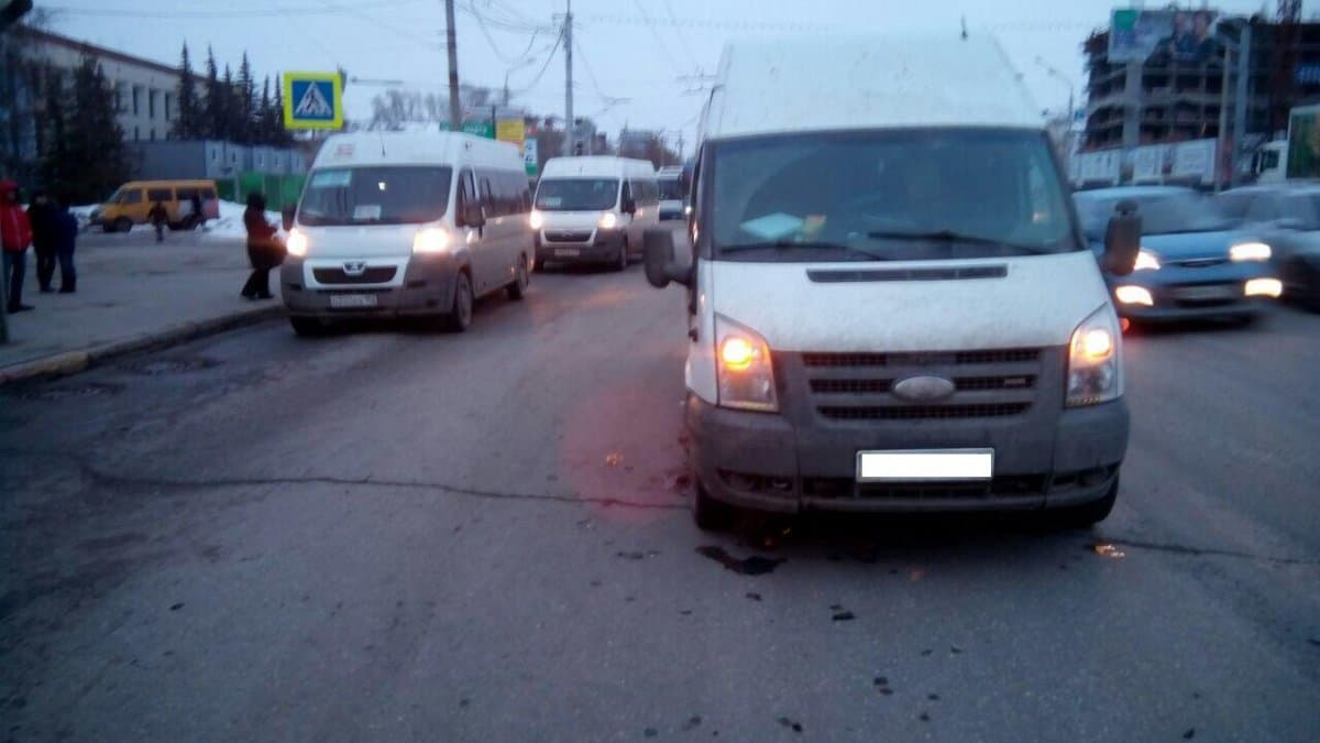 ВУфе 11-летний парень попал под колеса автобуса