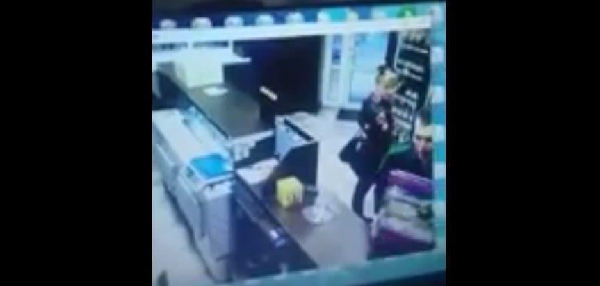 Видео - В Башкирии камера видеонаблюдения сняла дерзкого вора