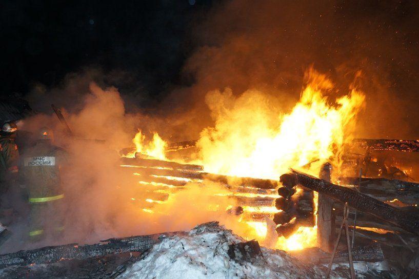 Тела 3-х  человек найдены  после пожара в личном  доме вБашкирии