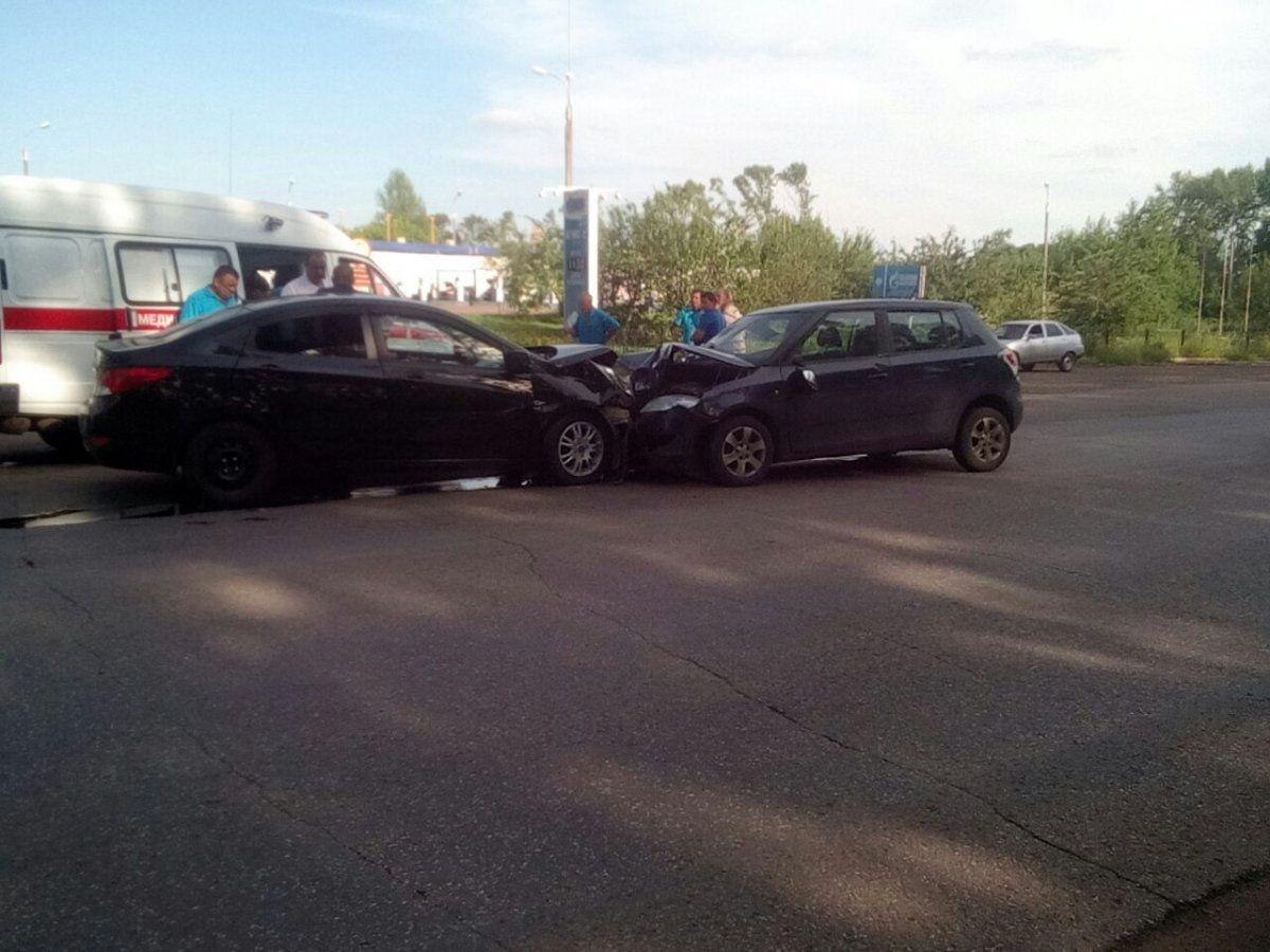 Опубликованы фотографии с места ДТП на трассе в Башкирии, в котором пострадал 7-летний ребёнок