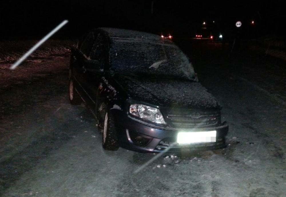 ВБашкирии водителя «Логана» госпитализировали после столкновения с«Грантой»