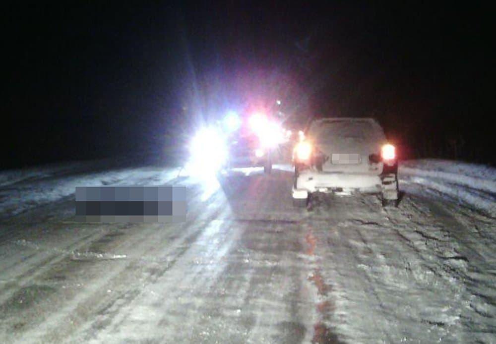 ВБашкирии шофёр Тоyota Highlander насмерть сбил женщину