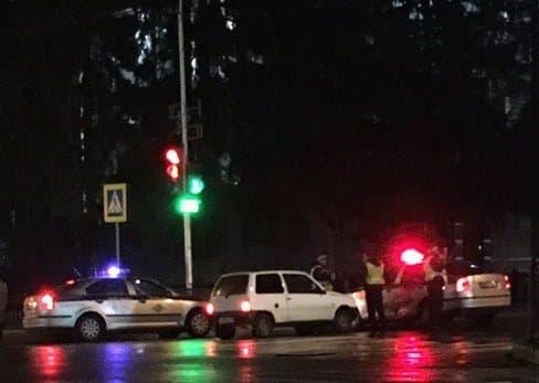 ВУфе нетрезвый шофёр «Оки» врезался впатрульную машину ДПС