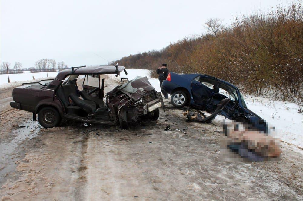ВБашкирии встолкновении авто погибла женщина