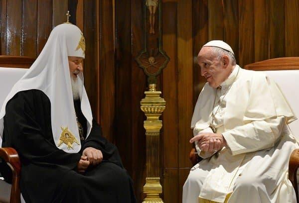 Историческая встреча патриарха Кирилла ипапы Римского Франциска закончилась подписание соглашения