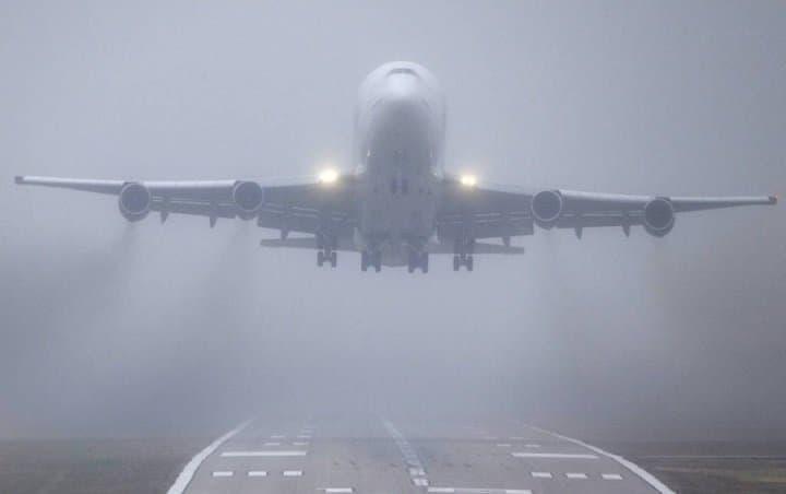 Наземные службы ваэропортах столицы перешли наусиленный режим работы