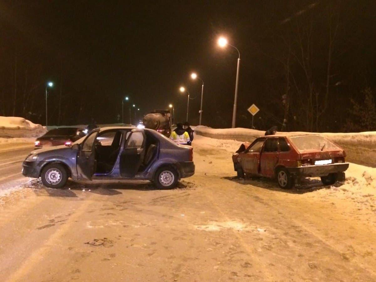 ВУфе впроцессе столкновения авто пострадали два человека