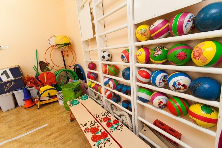 ВУфе десять детей отравились в помещении детского сада
