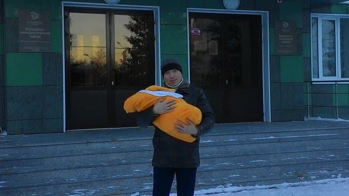 ВЗеленодольске родилась девочка, удивившая акушеров своим весом