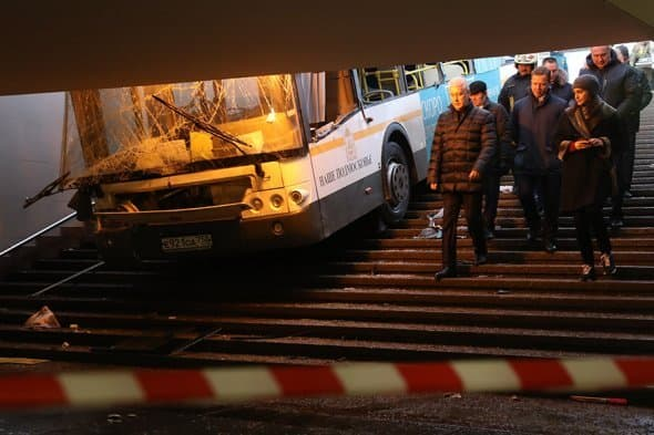 В российской столице автобус въехал вподземный переход уметро
