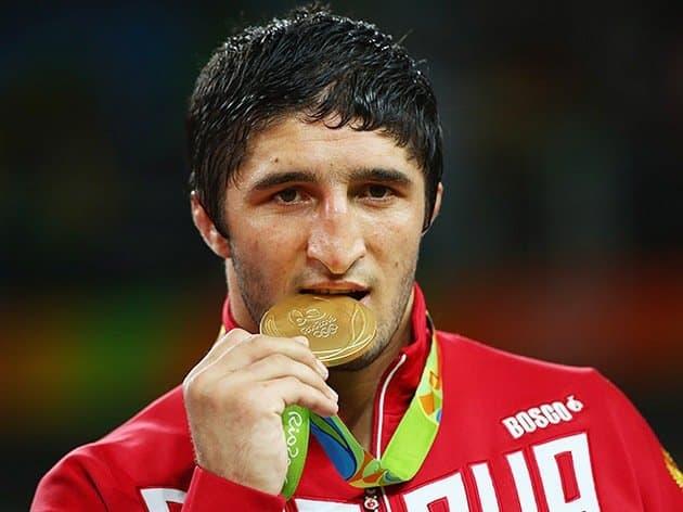 Медальный зачёт российской олимпийской сборной в Рио-де-Жанейро на 21 августа 2016 года
