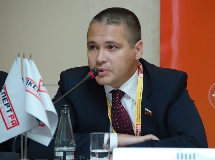 Юсупов марсель член комитета гд по земельным отношениям и строительству
